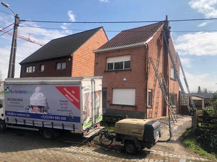 Realisatie 50m EPS Isomo Pearls spouwmuurisolatie te Muizen - Mechelen