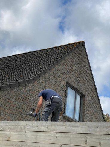 Realisatie 105m EPS Isomo Pearls spouwmuurisolatie te Knokke