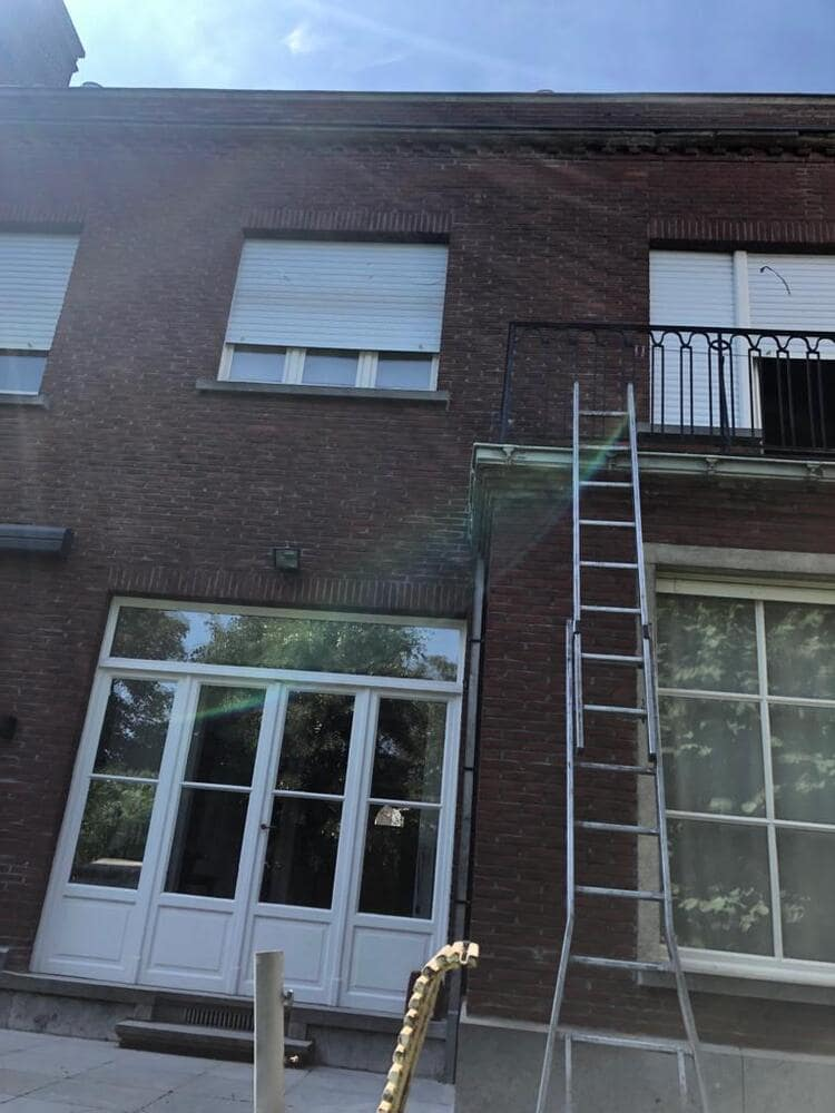Realisatie 117m EPS Isomo Pearls spouwmuurisolatie te Kortrijk